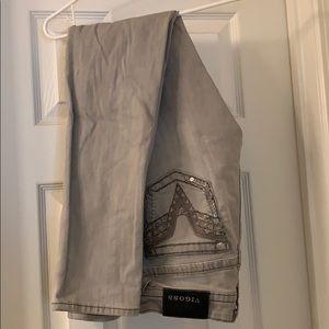 Size 7/8 vigoss jeans. Worn 3 times.